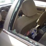 تحطيم سيارة معلم على يد طلابه بإحدى مدارس تبوك