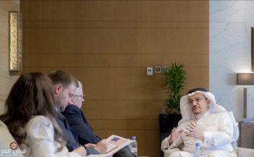 السفير الأمريكي بالسعودية في ضيافة وزير التعليم