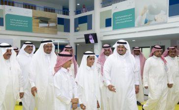 برفقة آل شيخ... أمير الرياض بالنيابة يزور نادي الحي