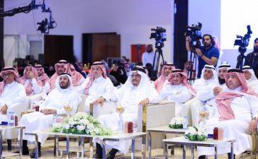 آل الشيخ يوجه قيادات التعليم الجامعي لخصخصة وقت للقاء المواطنين