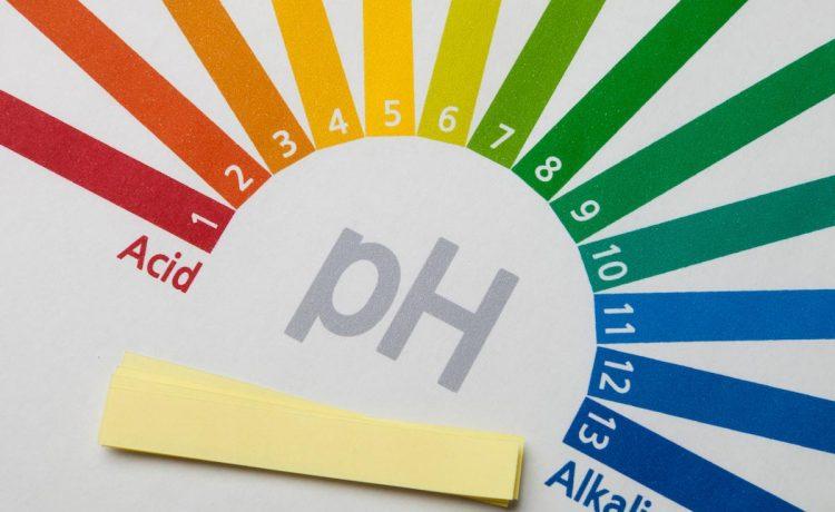 إن تغير الرقم الهيدروجيني ph بمقدار درجة واحدة يمثل تغيرا مقدارة
